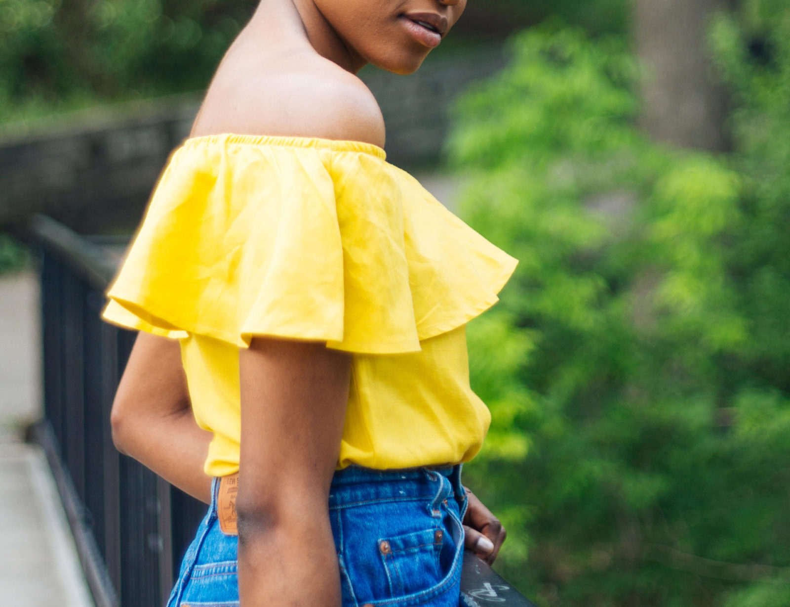 Offshoulfder_ruffle-Top_pix-elatedpassion.com